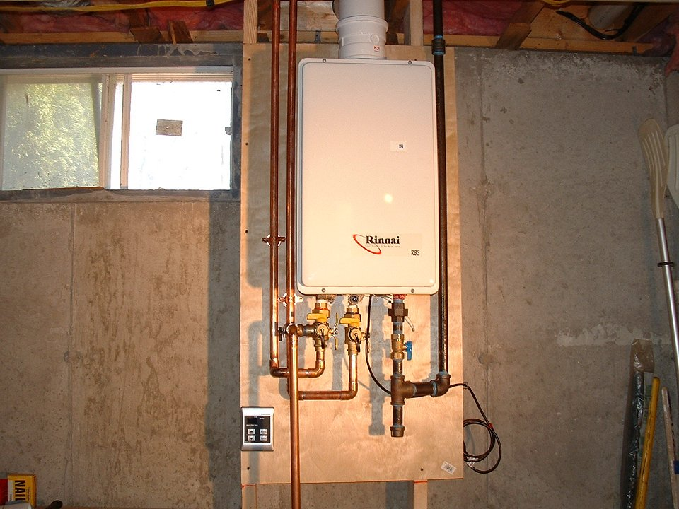 rinnai-tankless-gas-water-heater - boston water heaters